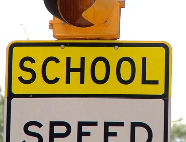 School-Speed-Sign_1439248027110.png