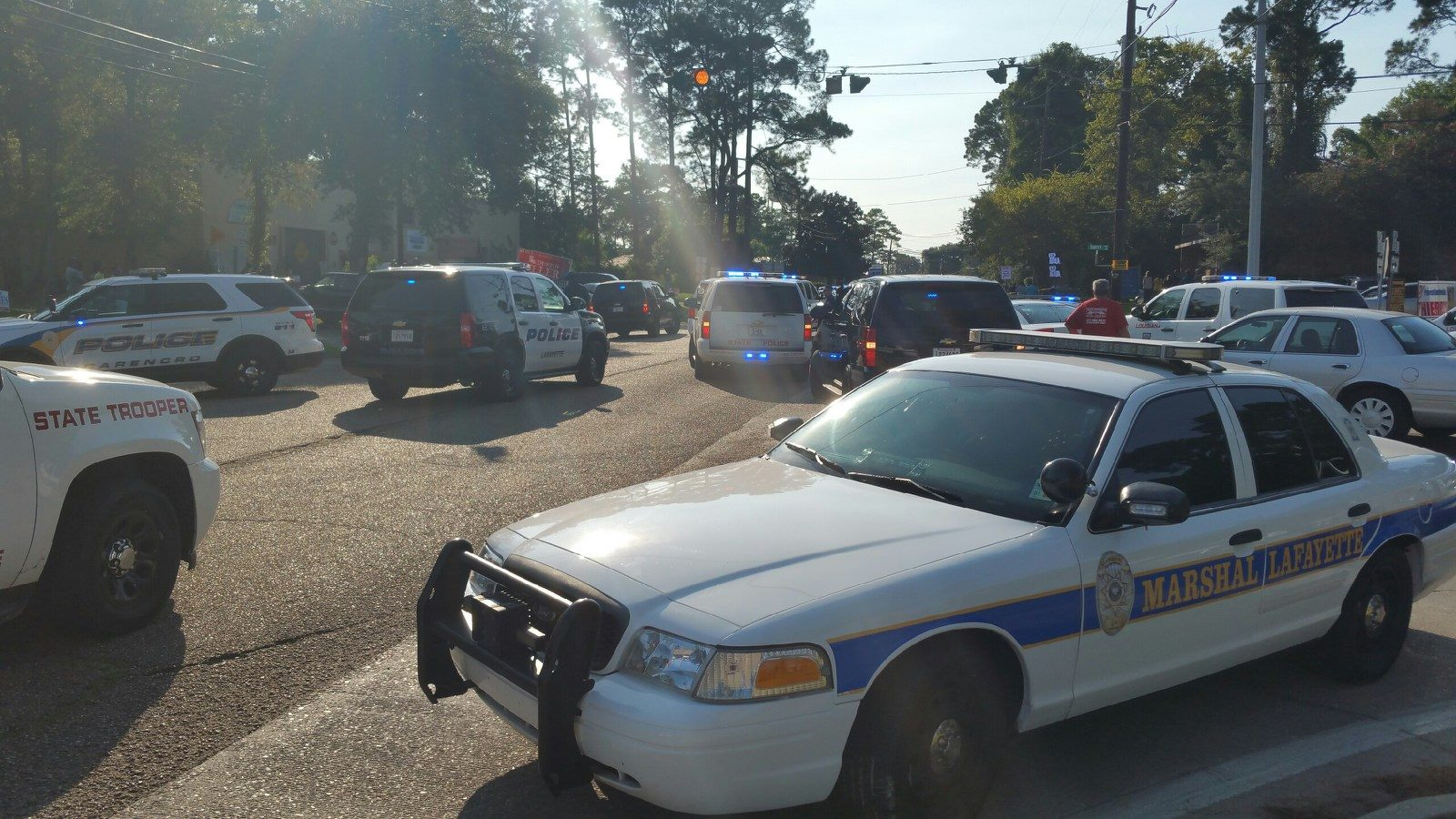 police-cars-in-sunset_1440688781241.jpg