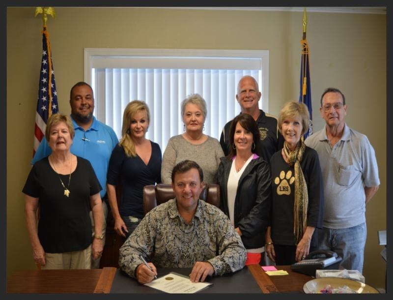 leesville high alumni - story-min_1443645616661.jpg