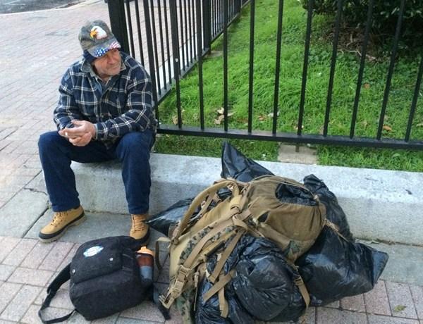 homeless-donations-shreveport_1445381665190.jpg