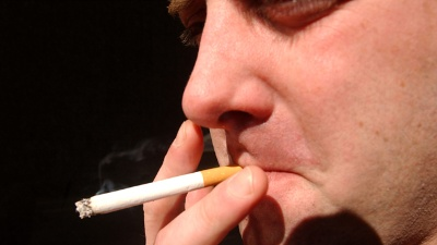 Smoking--cigarettes-jpg_20151117135502-159532
