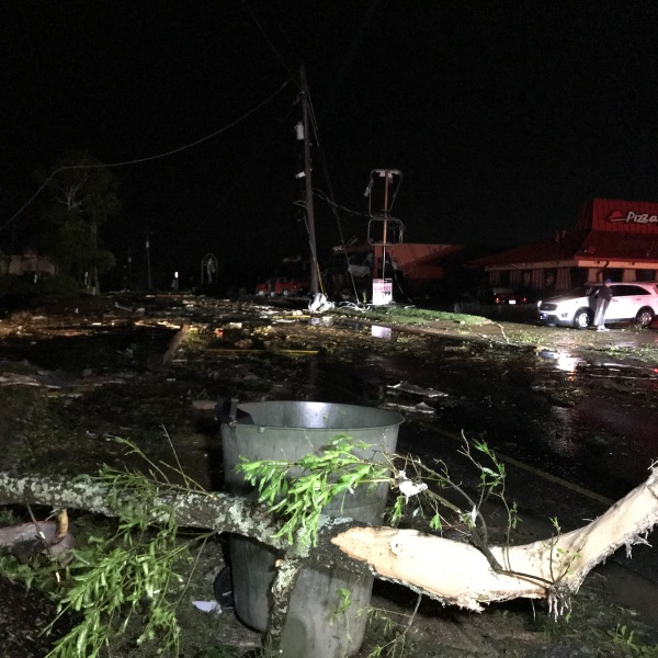 tornado damage_1556192960602.jpeg-60233530.jpg