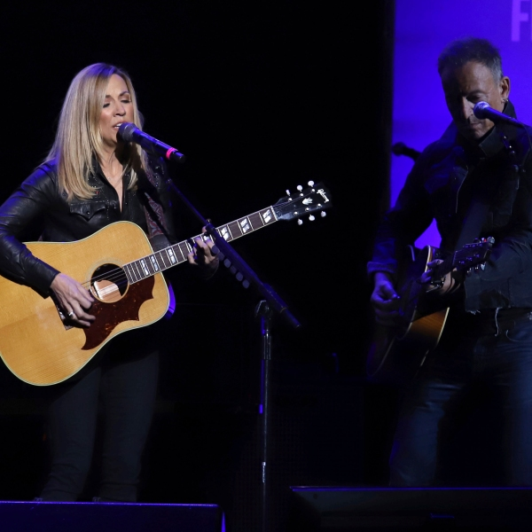 Sheryl Crow, Bruce Springsteen